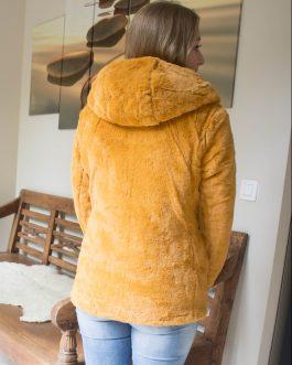 Jas gewatteerd met faux fur (omkeerbaar) okergeel